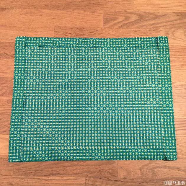 Stoff auf jeder Seite 2 cm umbügeln