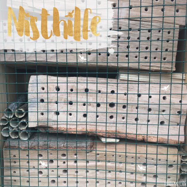 Nisthilfe Titelbild mit ordentlichen Löchern in Hartholz